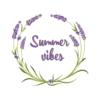 Kép 1/4 - Summer vibes levendula   grafikás lány pamutpóló