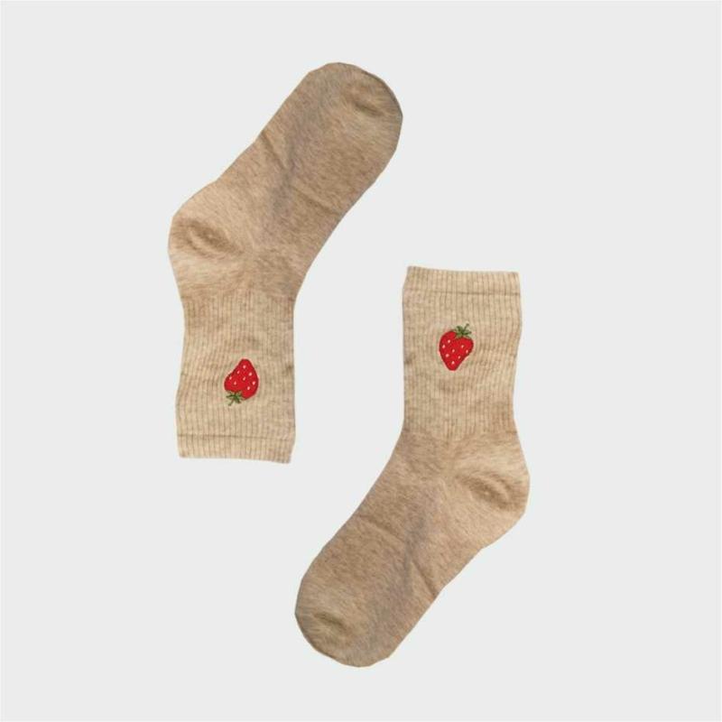 Női vidám epres zokni | Női VIDAM ZOKNI